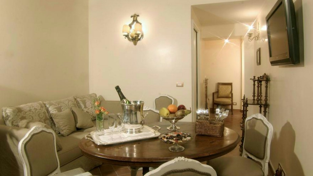 Elite-Apartments-Roma-Ripetta-suite-sala-de-estar-3-a
