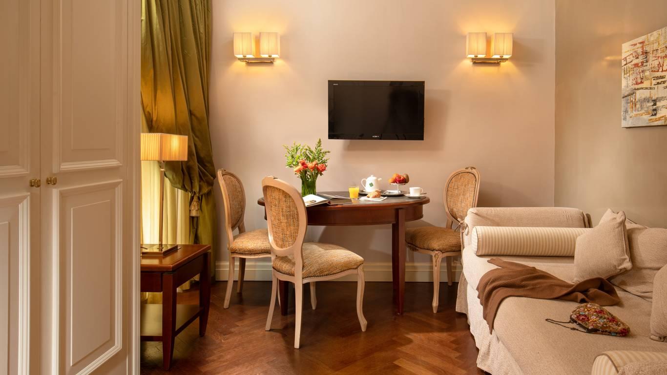 IMG-0955--Hotel-Mozart-Vivaldi-Suite-Vittoria-Suite-Roma