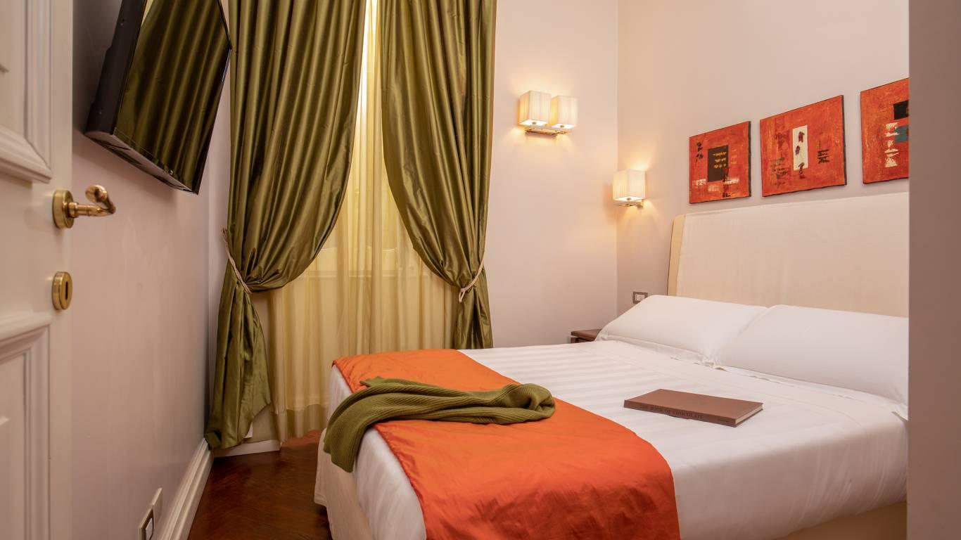 IMG-0980--Hotel-Mozart-Vivaldi-Suite-Vittoria-Suite-Roma