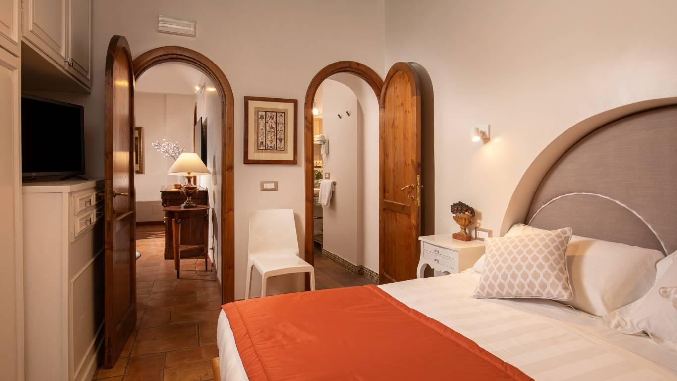 IMG-1339--Hotel-Mozart-Vivaldi-Suite-Vittoria-Suite-Roma