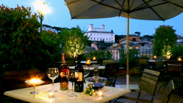 Hotel Mozart Rome Restaurant And Roof Garden