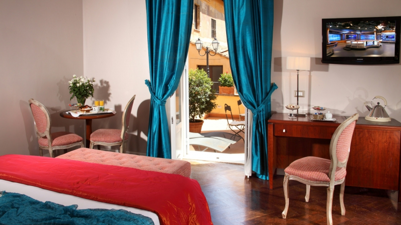 Vivaldi-Luxury-Rooms-Rome-room-elegance-3