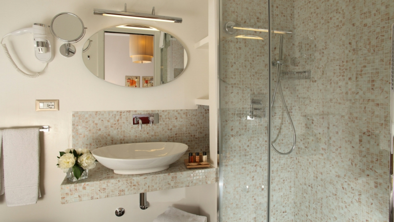 Vivaldi-Luxury-Rooms-Roma-cuarto-de-baño-elegance-a