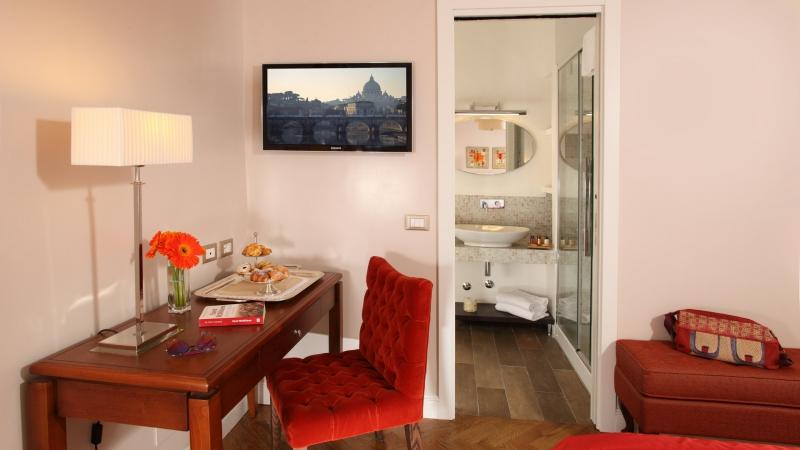 Vivaldi-Luxury-Rooms-Roma-chambre-elegance-15-a