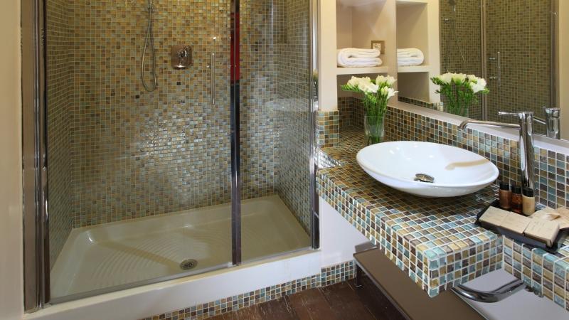 Elite-Apartments-Rom-Vittoria-suite-Bad
