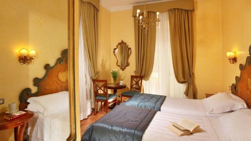 Hotel-Mozart-Рим-комната-standard-5
