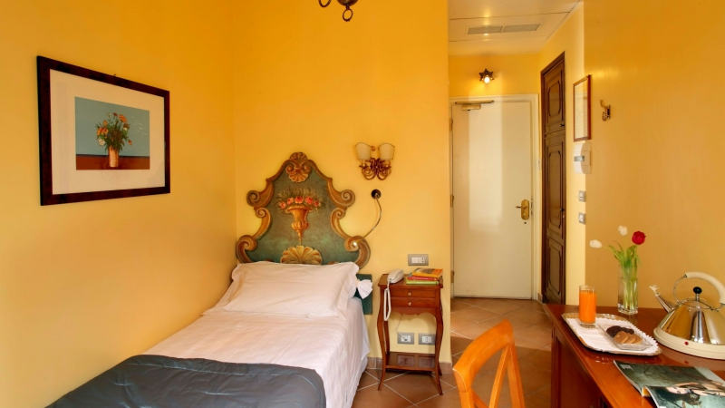 Hotel-Mozart-Roma-habitacion-standard-8