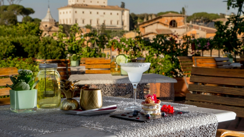 Hotel-Mozart-Rome-happy-hour