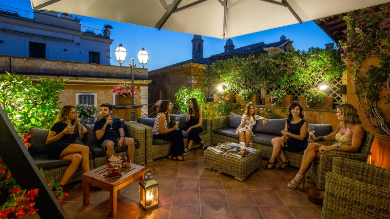 Hotel-Mozart-Rome-happy-hour-5