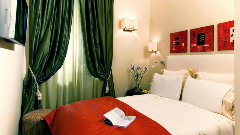 Vivaldi-Luxury-Rooms-Рим-комната-номер-2-b